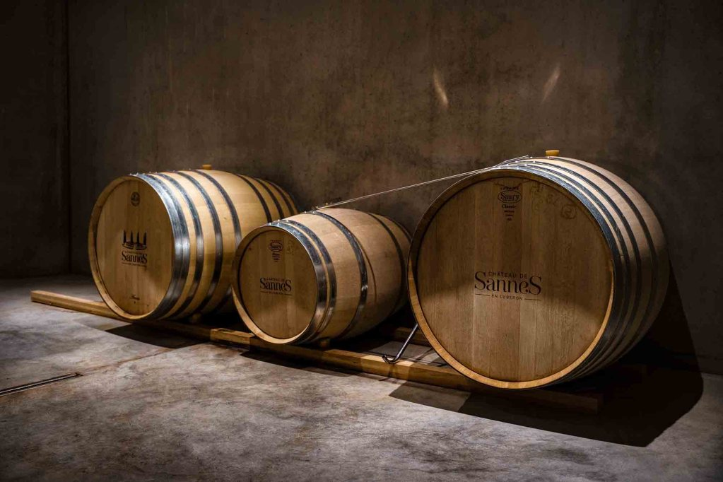 Tonneaux de vin pour vieillissement