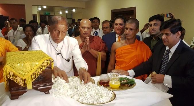 Sri lanka trung bay xa loi 1