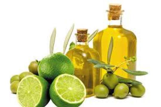 Tẩy da chết bằng dầu oliu & chanh