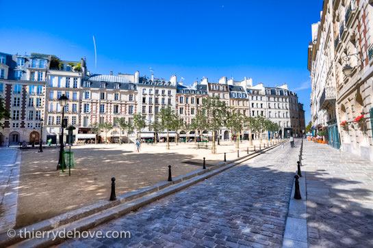 Summer in Paris Part 02