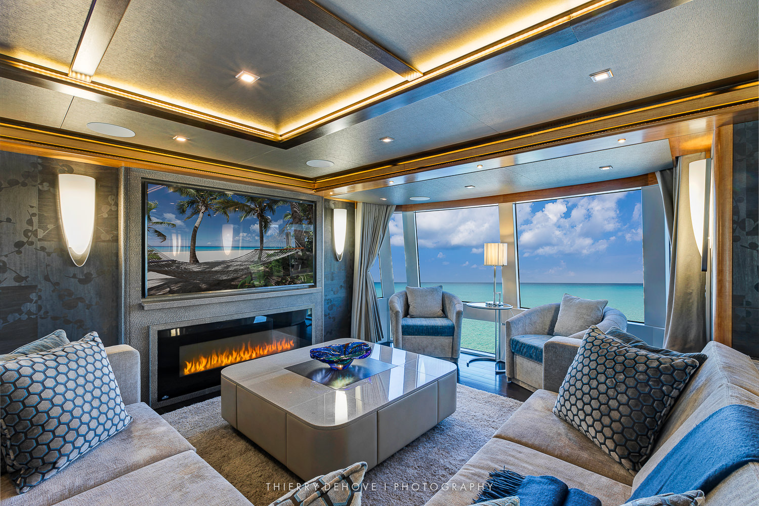 Serenity Luxury Yacht 133 Interior Welcome To Thierry