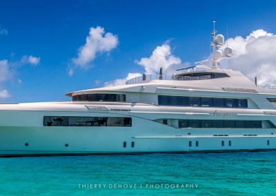 Motor Yacht Trinity Imagine 193′