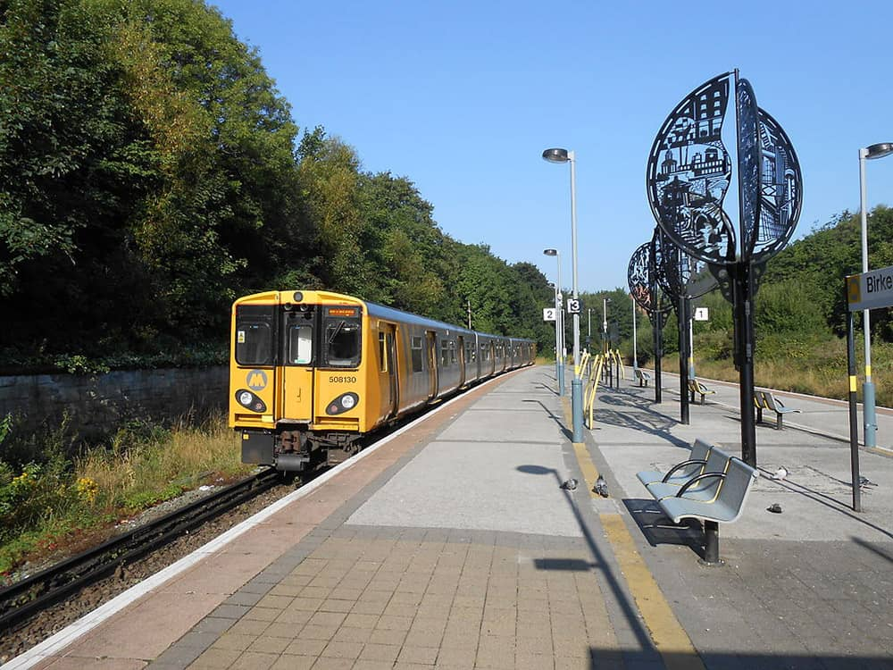 Birkenhead Park train station image