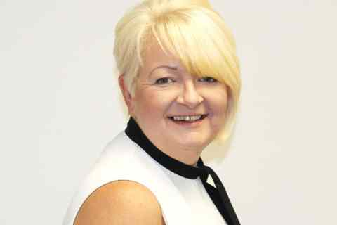 Debbie Murray joins Essential Healthcare Group