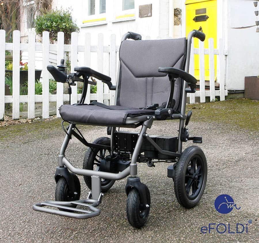 eFOLDi Powerchair with blue logo2