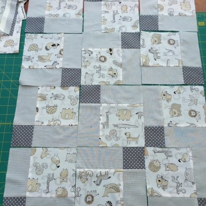 #firstquilt #babyquilt #disappearingsquare 638