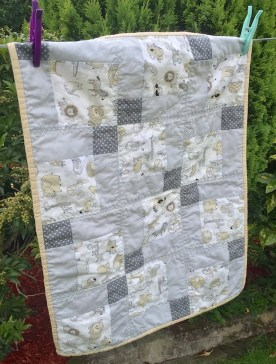 #firstquilt #babyquilt #disappearingsquare 661