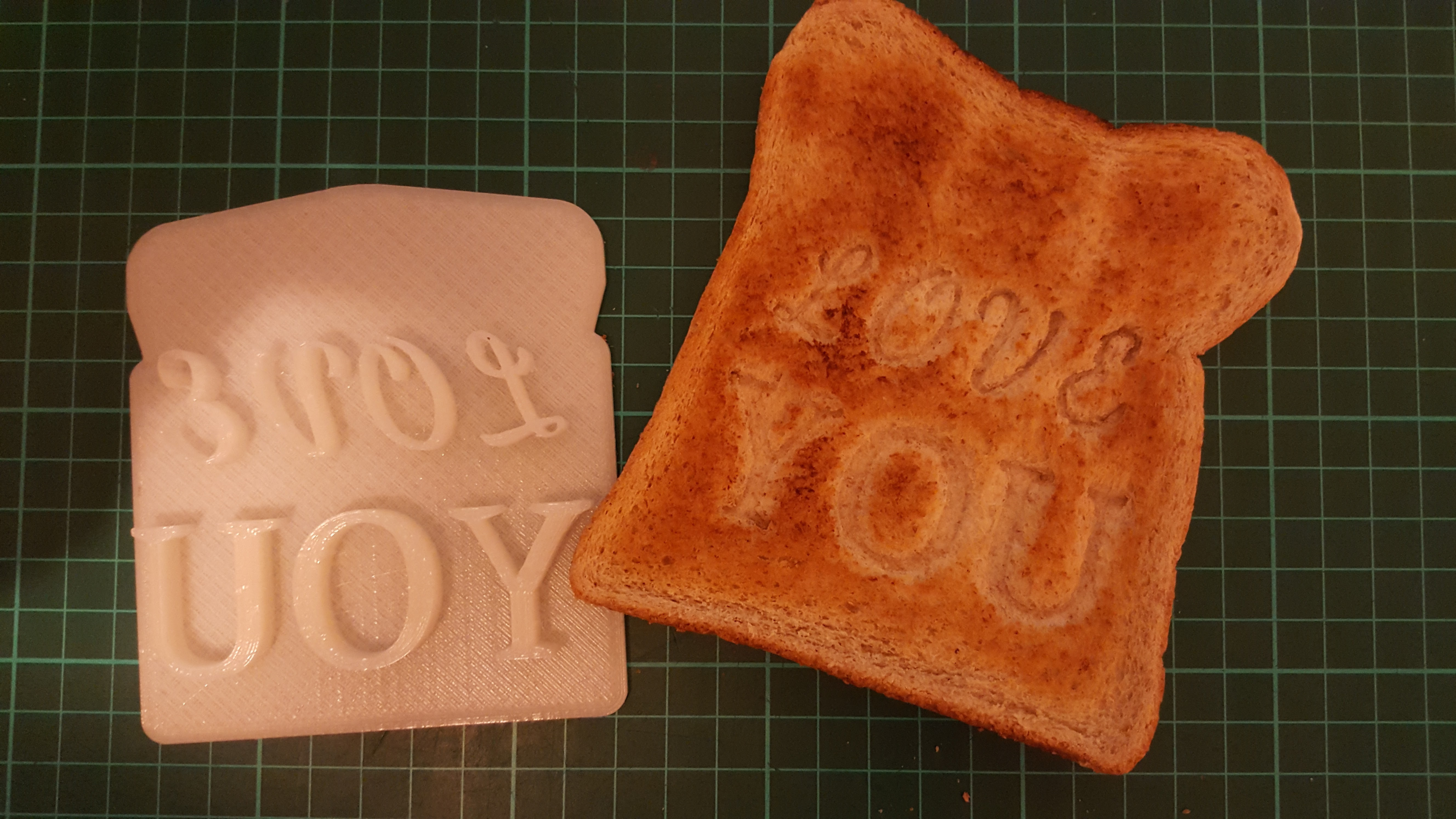 Customizable Valentines Day Toast Stamp Free 3D Model 3D