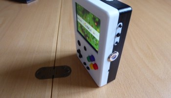 Retro-fit your old Gameboy with a Raspberry Pi – Raspberry