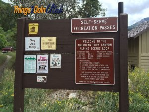 Alpine loop sign