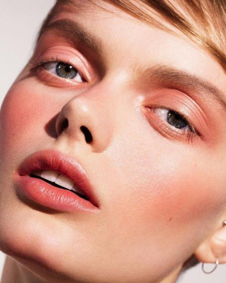 Monochrome Makeup 2019