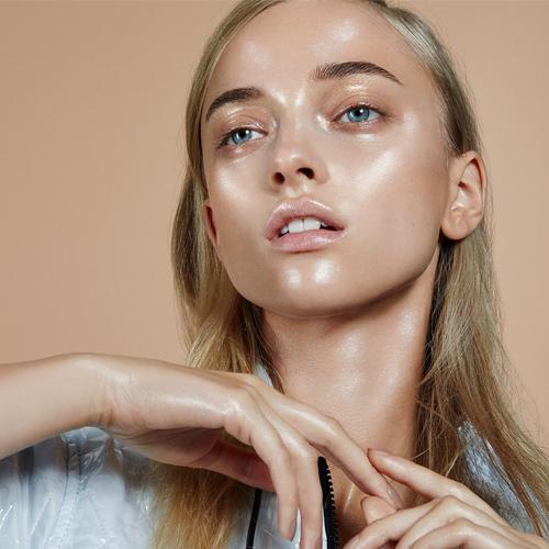 Glossy Skin Makeup 2019