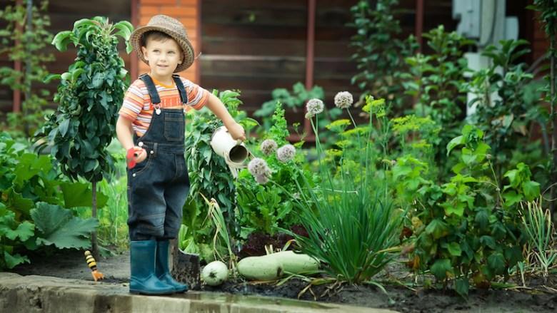 Family Gardening Fitness