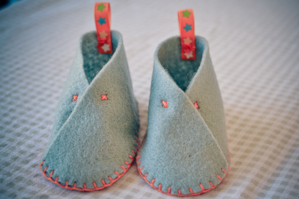 loving felt booties #thingsdeeloves-2