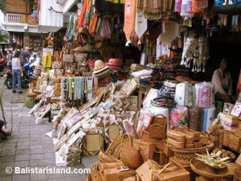 Kuta Art Market - The place to find some great bargains in Kuta