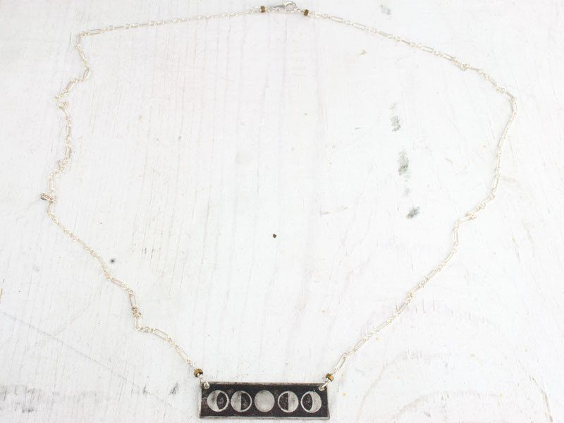 moon_bar_necklace_gold_beads_1024x1024