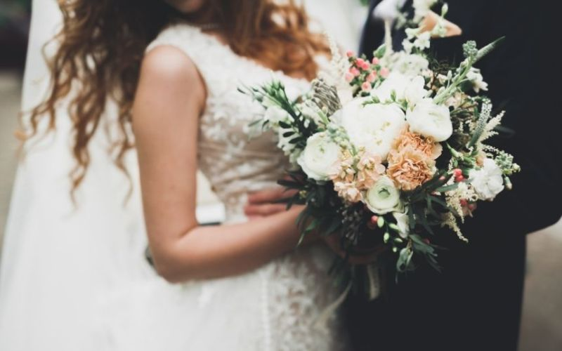 Things To Know When Having a Holiday Wedding