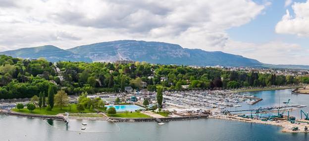 best outdoor pools in geneva 2019
