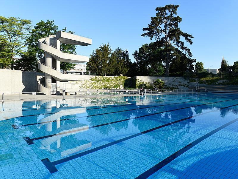 best outdoor pools in geneva