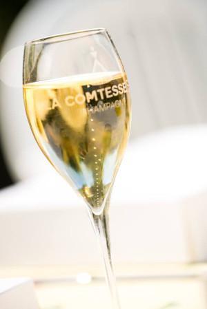 la comtesse champagne bar geneva
