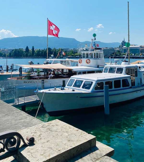 floating restaurant geneva