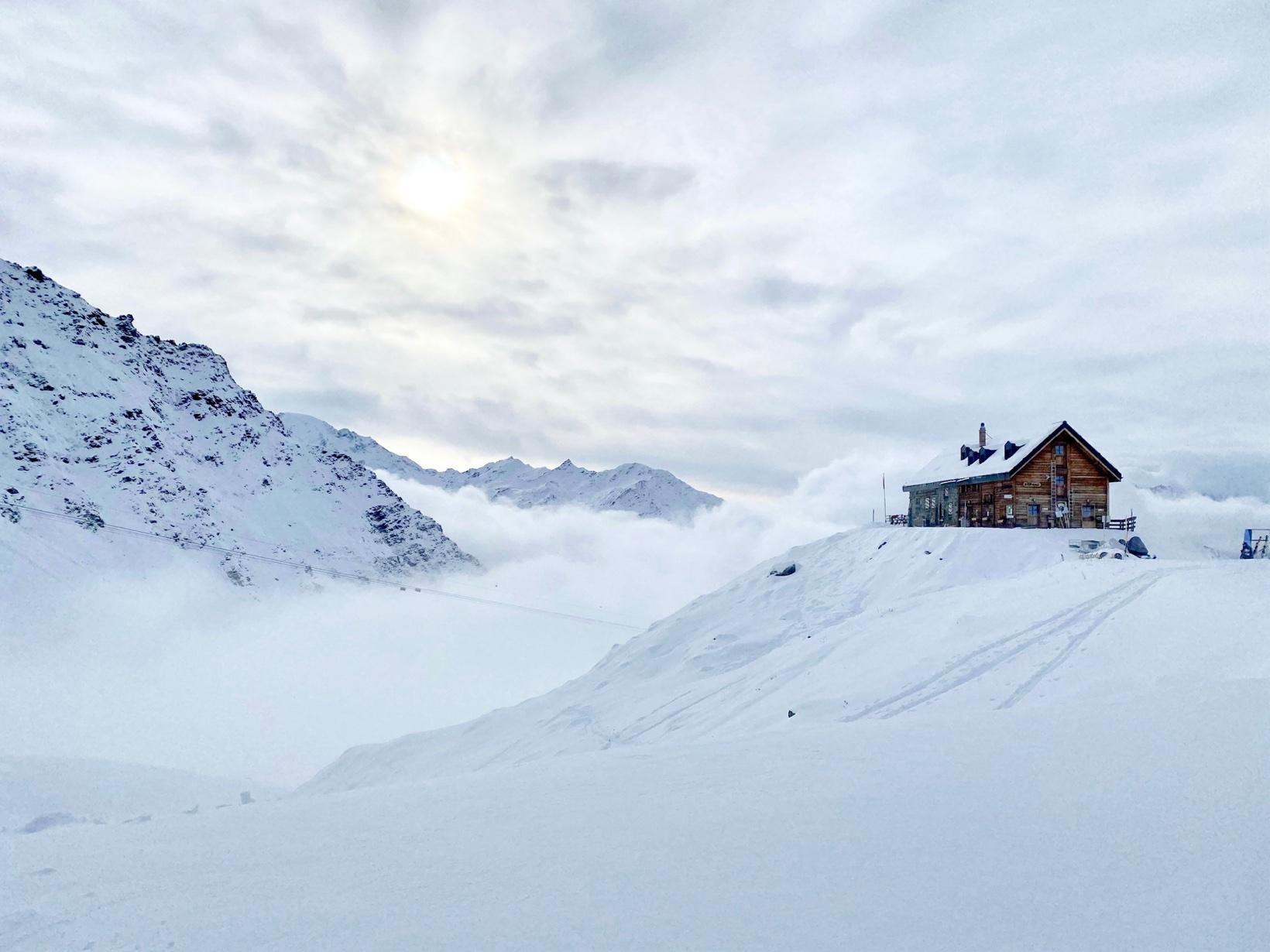 Cabane Mont Fort, Verbier - ski resorts near Geneva