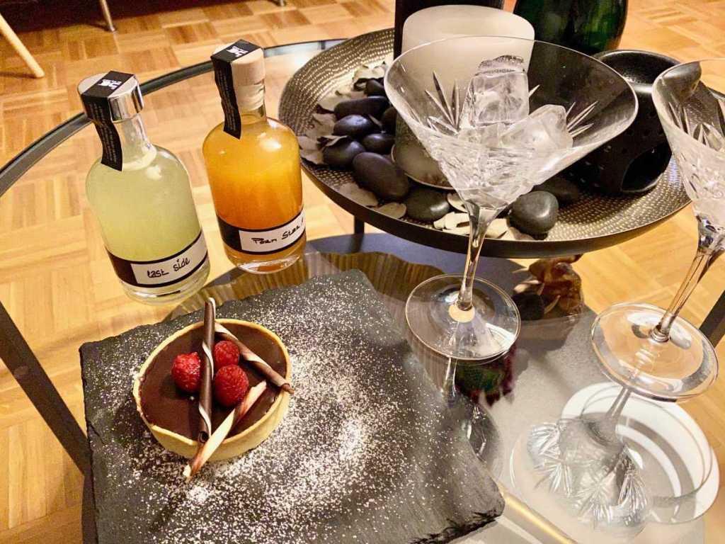 Chat Noir Geneva cocktails at home