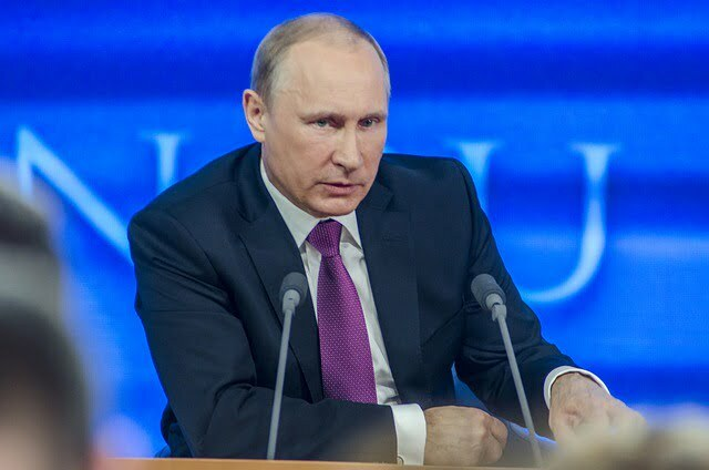 Putin : Russia Is Not A Fuel Station For The World