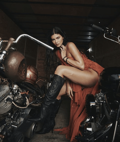Kylie Jenner Flirts With Summer 2021