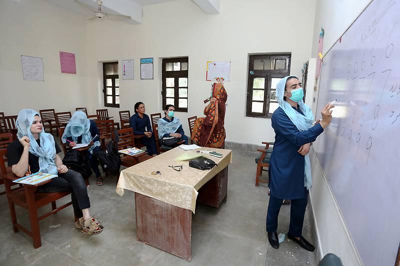 Pakistan Opens 1st School For Transgender Women