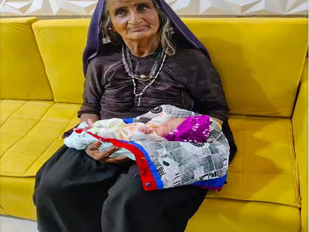 A 70 Year Old Indian Woman Gives Birth To Her First Child