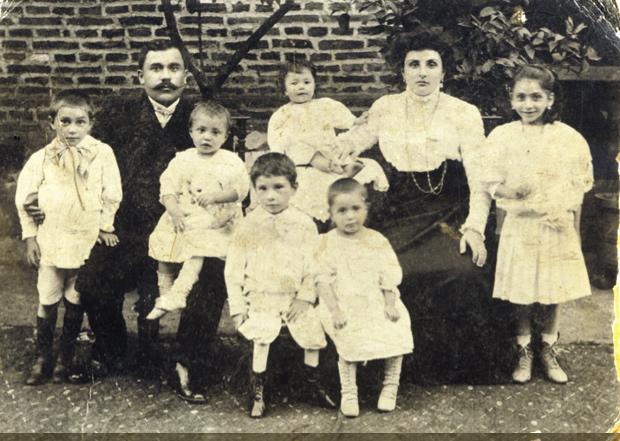 Svetlana-Ter_Minasova-My-Moscow-my-mother's-family