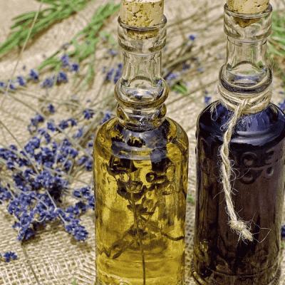 8 Powerful Essential Oils for Brain Health