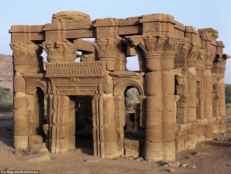elections in meroe - pic2 - ruins