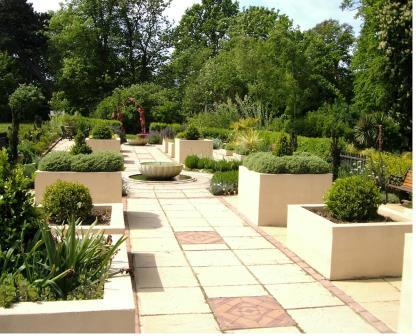 The Italian Garden, Red House, Essex. Maintained by people with disabilities. Designer: Bella D'Arcy Reed Photo credit: Author