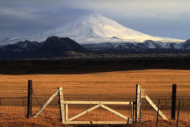 Hekla (photo by Sverrir Thorolfsson)