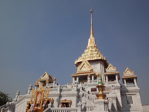 Wat Traimit Temple - Bangkok, Thailand