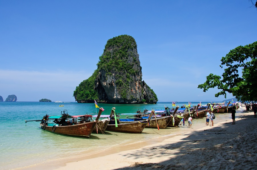 8 Reasons Why You Should Visit Southeast Asia Before You Die