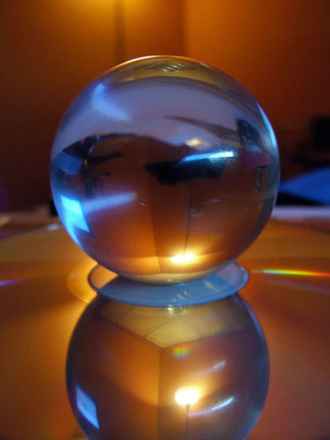 Glass_paperweight