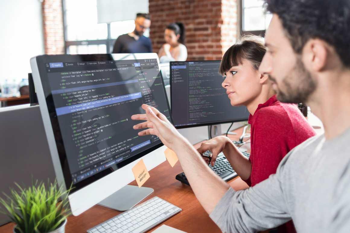 People programming