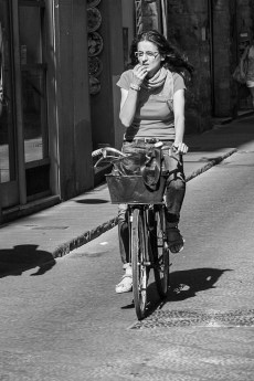 b&w - firenze, bycicle thinking