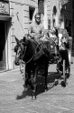 b&w - firenze, catching a ride in the city