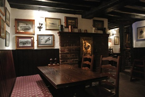 inside of The Crown at Bray