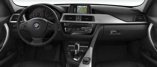 2018 BMW 3 Series interior