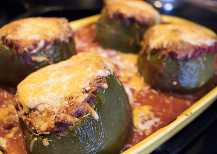 3CRWhatsCookingStuffedPeppers45