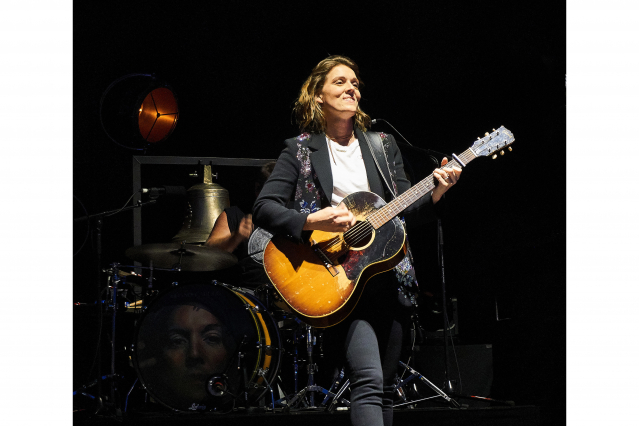 Brandi Carlile on Guitar 2 062919