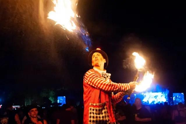Firedancers03
