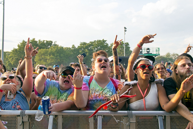 2021-09-17-crowd-10