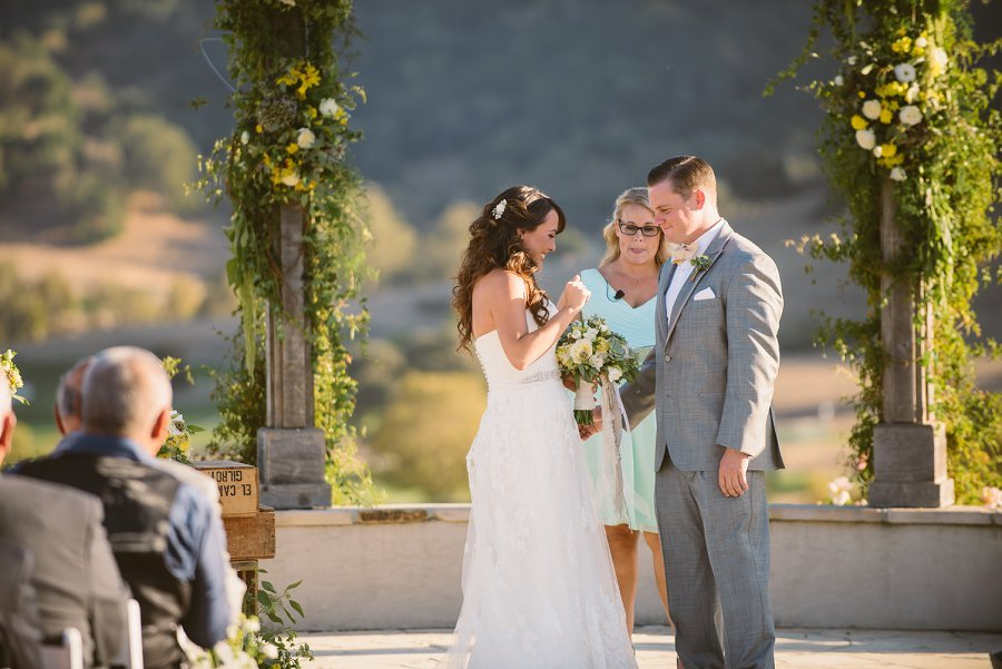 Jen_and_Paul_Winery_Wedding_Venue_0031.jpg