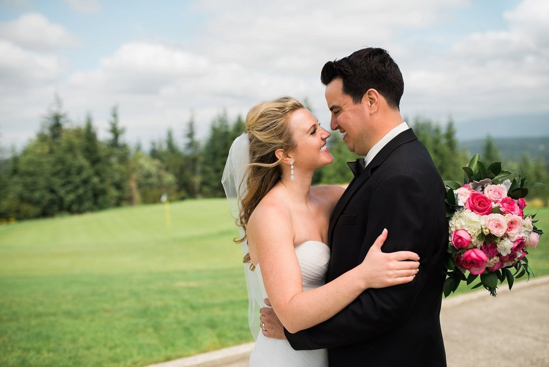 Christine & Josh Seattle Washington Snoqualmie Ridge Country Club Wedding_0031